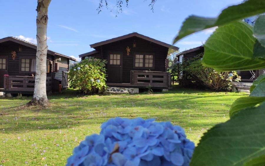 camping a grandella asturias cabaña bungalow pradera