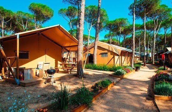 Camping Sandaya Cypsela Resort en la playa