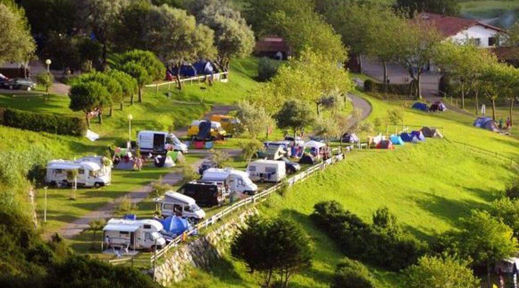 camping talai mendi pais vasco