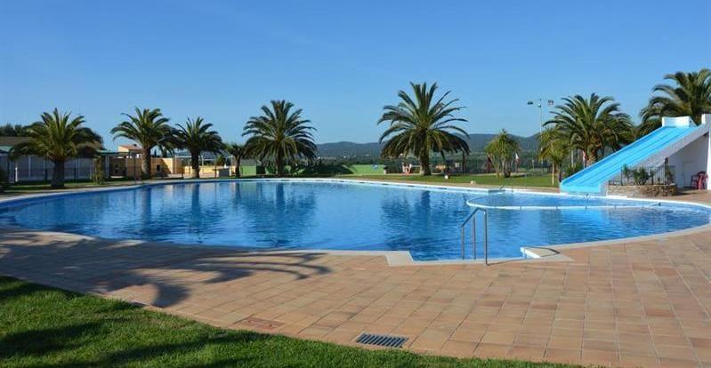 PISCINA Camping Resort-Bungalow Park Mas Patoxas