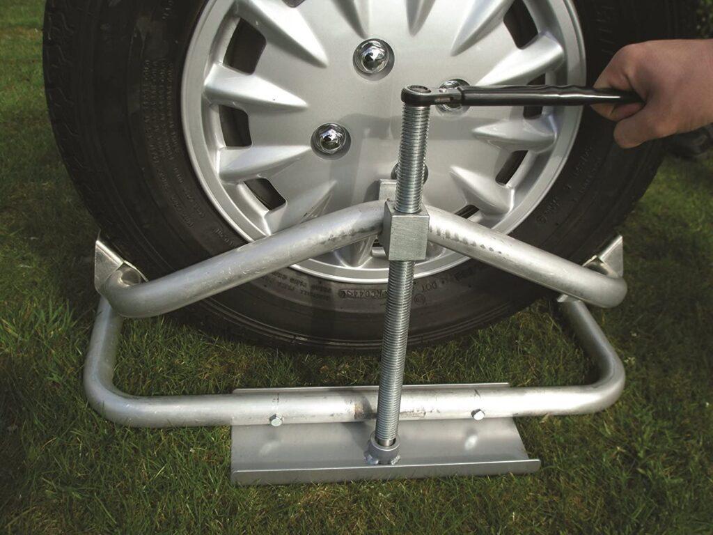 Milenco Nivelador de Aluminio para Caravana